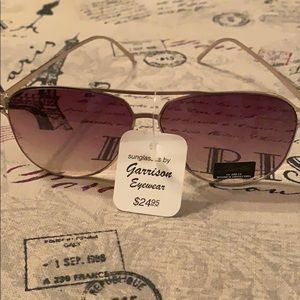 Nwt sunglasses